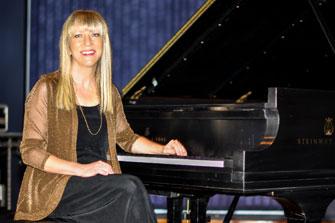 Pauline Martin Receives Steinway Artist Award